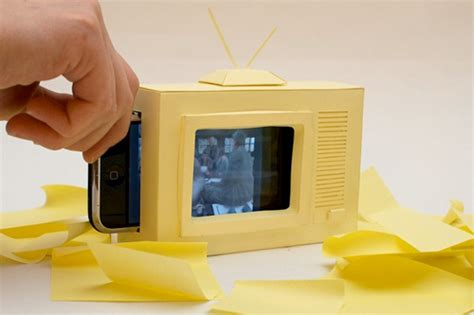 How To Make A Paper Tv - make your own paper iphone tv gizmodo australia