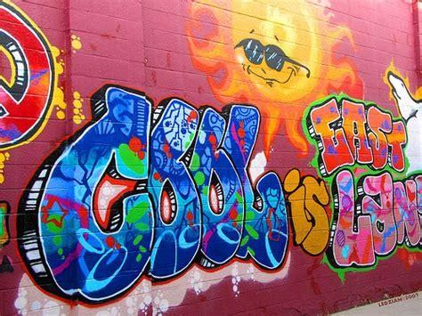 cool graffiti letters colorful graffiti wall