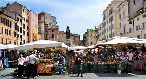 co di fiori rome italy mercato dei fiori roma mercato dei fiori foto de mercato