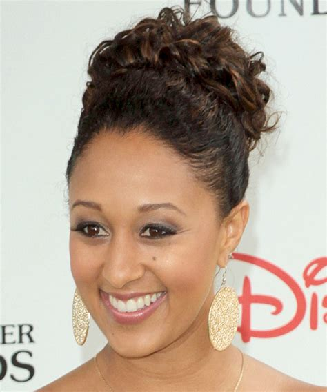 tamera mowry hairstyles tamera mowry updo curly formal wedding updo hairstyle