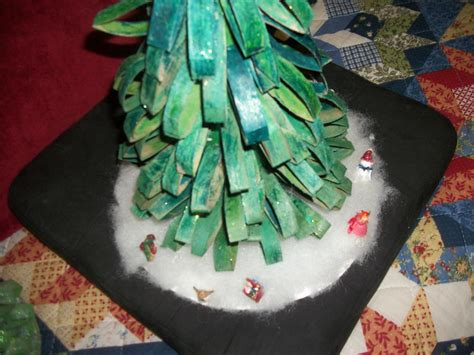 recycled toilet paper roll tabletop christmas tree