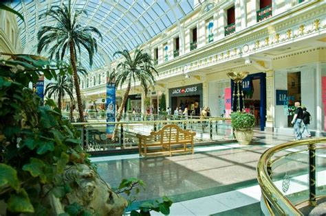 Trafford Centre Gift Cards Online - intu trafford shopping centre trafford greater manchester contact directory uk