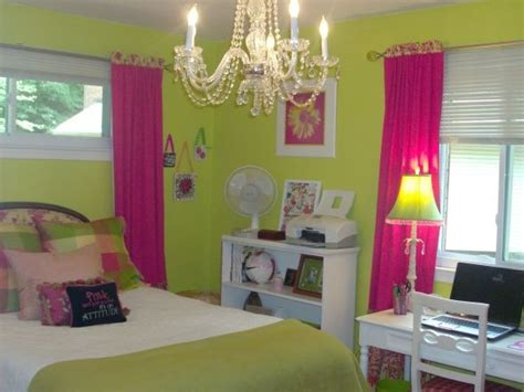 green and pink bedroom green and pink room or what i this idea but