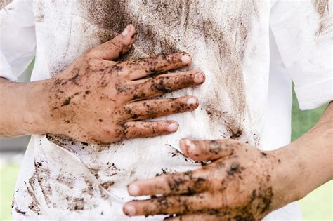 Removing Stains From by How To Remove Mud Stains From Clothing