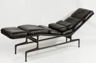 Black Leather Chaise Lounge Original Charles Eames Chaise Lounge Chair Black Leather Herman Miller Ebay