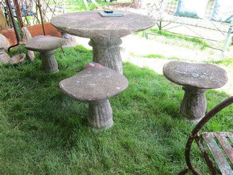 toadstool table and chairs toadstool table and chairs zutano woodland contest