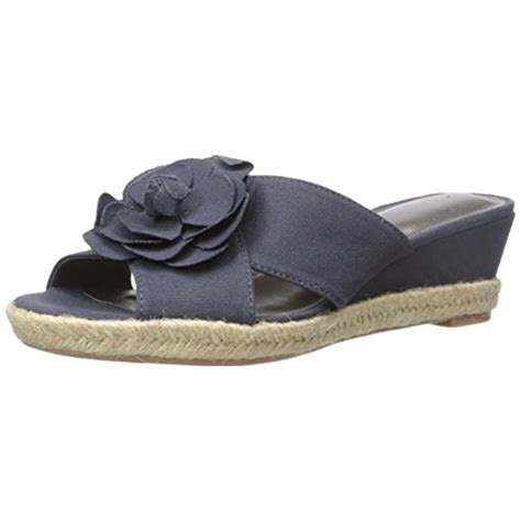 lifestride wedge sandals lifestride 8837 womens omega canvas floral applique wedge