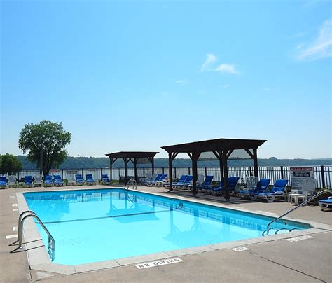 public boat launch on st croix river family friendly marina with amenities bayport marina