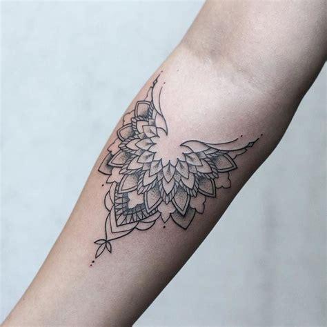 minimalist tattoo amsterdam 238 best images about rachainsworth on pinterest first
