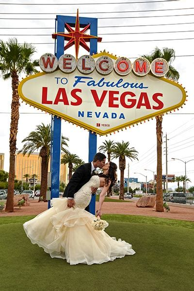 Las Vegas Weddings by Best Wedding Packages In Las Vegas For Every Budget