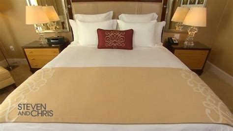 how to make a hotel bed best 25 hotel bed ideas on hotel style