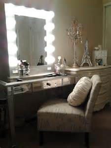 Lighted Makeup Vanity Table Ideas For Your Own Vanity Mirror With Lights Diy