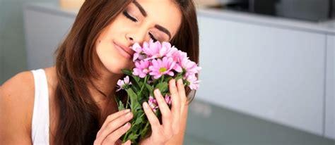 fiori per una donna le donne e l le frasi giuste per conquistarci