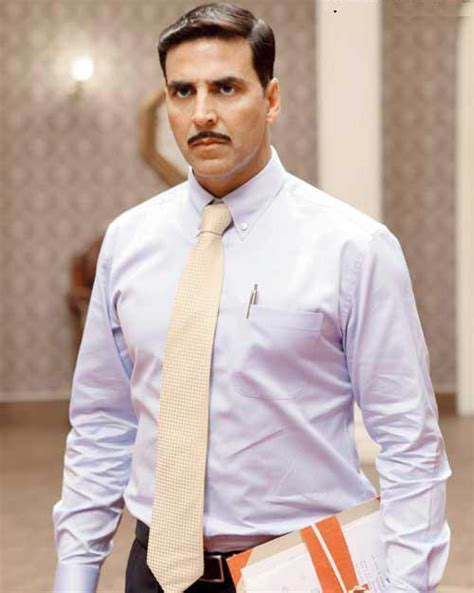 actor net worth meaning akshay kumar biography wiki age height net worth