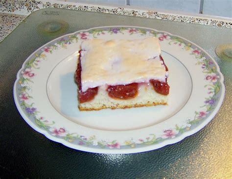 kuchen mit baiser kuchen mit baiser am vortag backen appetitlich foto