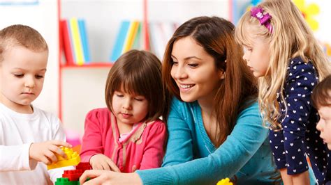 education early childhood early childhood education courses dec lasalle college