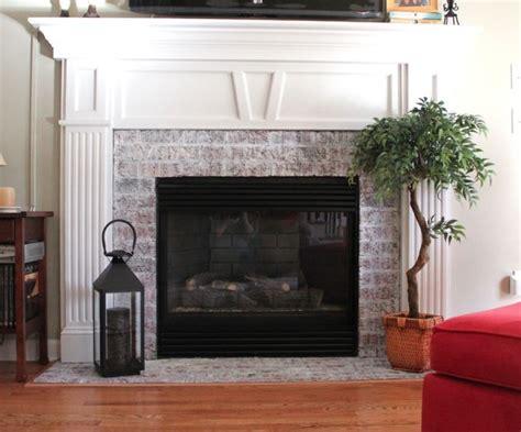 whitewashed brick fireplace 1000 ideas about whitewash brick fireplaces on