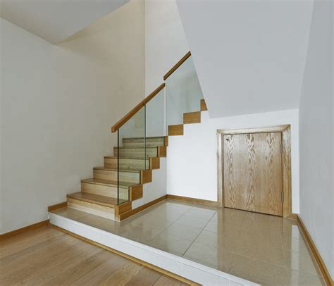 glass banisters uk glass stair balustrades glass balcony balustrades
