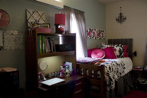 delightful Dorm Room Bedding Ideas #4: a589d04c2b6221926513ff2231788dd2.jpg