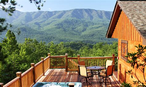 cabin rentals gatlinburg gatlinburg cabin rentals a luxury view