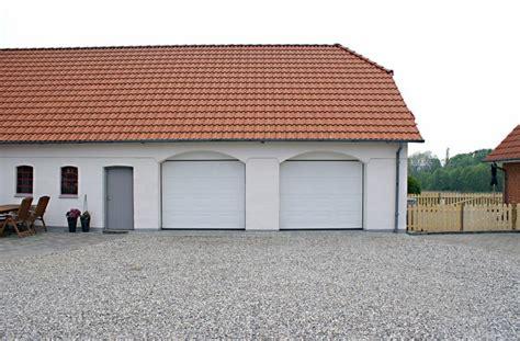Protech Garage Doors by Gara緇na Vrata Protech D O O