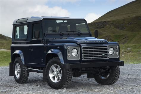 Land Rover Defender Gets New Colors And Options For 2013