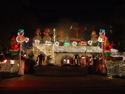 rands family christmas lights in palm springs