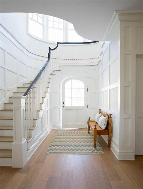 Wainscoting Foyer by 1000 Ideas About Wainscoting Stairs On Stair