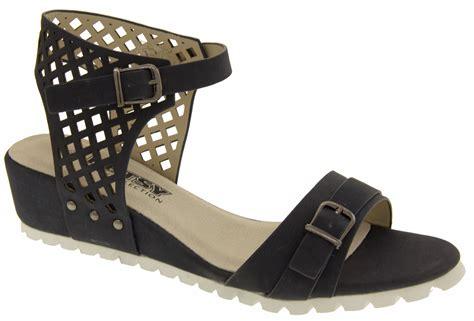 designer comfort sandals designer comfort sandals 28 images t open toe chiffon