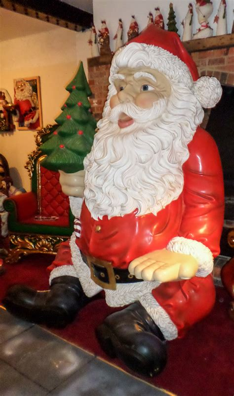 a large sitting santa 403 forbidden