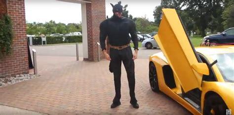 Mike Tyson Lamborghini Tyson Fury Shows Up At Klitschko Conference In Lamborghini