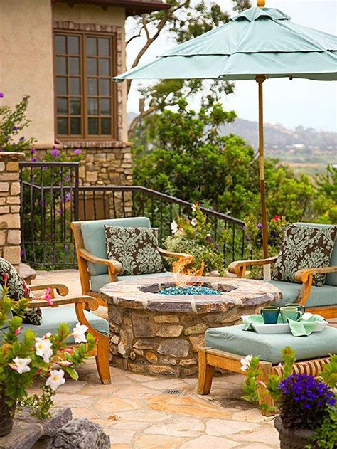 how to build a backyard patio how to build a diy fire pit backyards diy and crafts