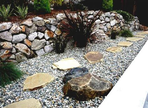 Garden Decoration With Pebbles by 20 Diy Ideas For Garden Decor With Pebbles And Stones