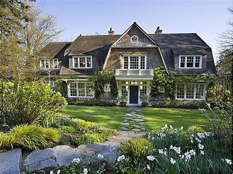 New England Style Home Plans a hamptons style home on bainbridge island hooked on houses
