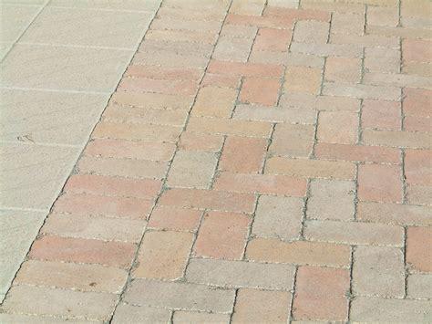 posa pavimenti esterni posa pavimenti e rivestimenti esterni edilmarket castelleone