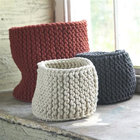 basket pattern knitting 32 best images about knitting baskets containers on