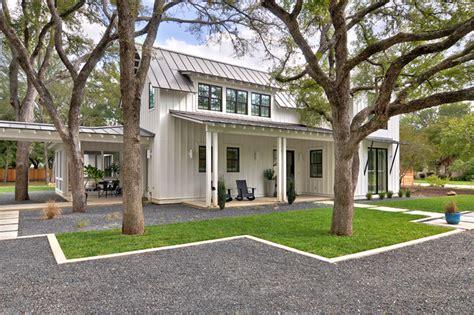 Floor Plans For Farmhouses by Texas Contemporary Farmhouse Exterior Austin By