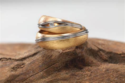 Goldschmied Trauringe by Versprechen Der Liebe Trauringe Und Eheringe Aus Der