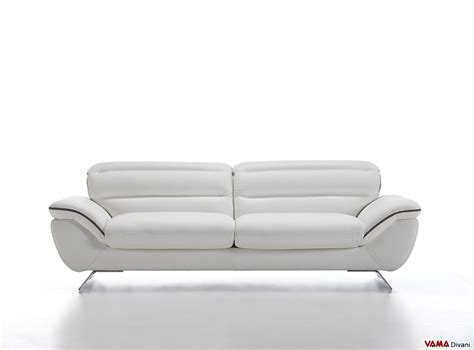 divani moderni pelle divano moderno bianco in pelle con piedini in acciaio