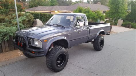 1983 Toyota Bed 1983 Toyota 4x4 Bed Dlx Must See