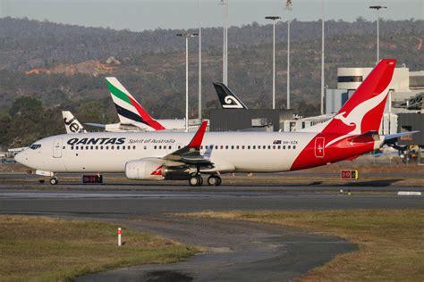 emirates terminal singapore qantas to restart regular perth singapore services from 26