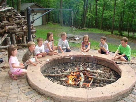 17 amazing backyard fire pits to gather around page 2 of 4