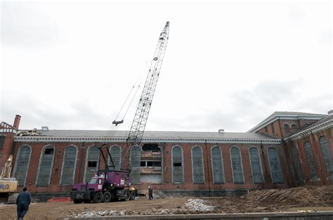 maryland house crane begins to dismantle md house of correction