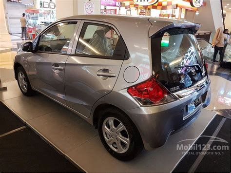 Honda New Brio Satya jual mobil honda brio 2017 satya e 1 2 di dki jakarta