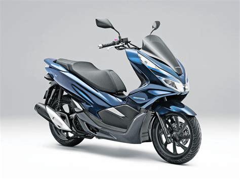 honda pcx electric  hybrid   important bikes