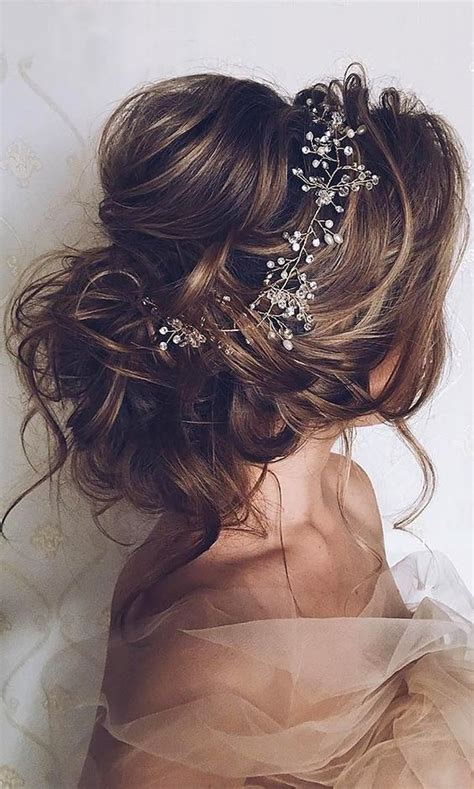 And Easy Hairstyles For Medium Hair Wedding by 15 Easy Updos For Medium Hair 2016 2017 On Haircuts