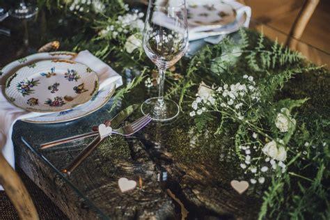 Tischdeko Hochzeit Natur by Zauberhafte Tischdeko F 252 R Eine Elegante Waldhochzeit