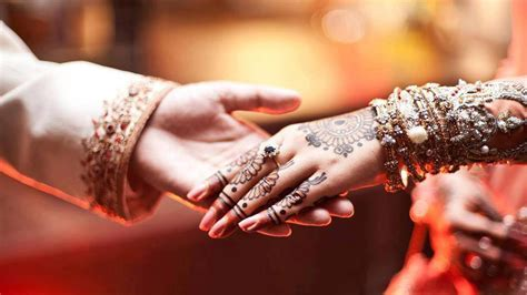 Hands holding couple love wedding wishes   HD Wallpapers Rocks
