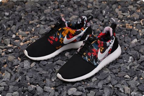 nike roshe run womenmens shoes sale 50 off uk roshes trainers running shoes for men women half