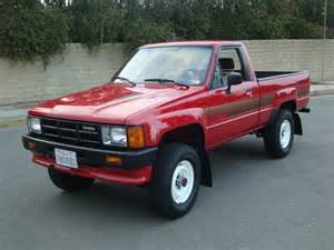 sell used 1986 toyota 4x4 22r 96k original miles old man